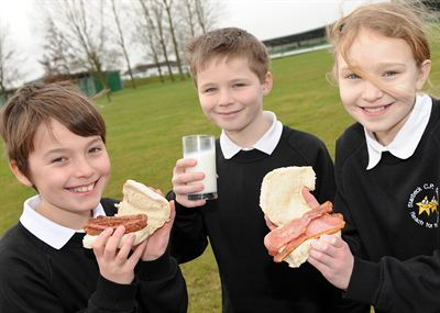 (l-r): Jadan Newby, 10, Matthew Pollard and Charlotte Hughes all aged 10 of Starbeck Community Primary School at the breakfast event