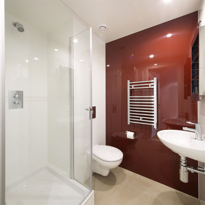 High specification bathroom pod installation within the for Bathroom e pod mara