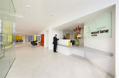 Spacious reception area with communal student facilities