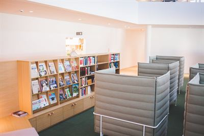 Swedbank bibliotek. Foto Ludde Lorentz