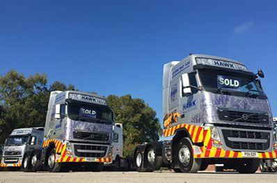 Review in commercial motors thomas hardie used trucks for Commercial motor used trucks