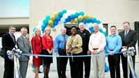 Photo 1 ribbon-cutting