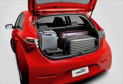 HB20 2012 trunk