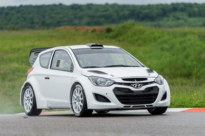 HYUNDAI TESTS 21-05-2013 01