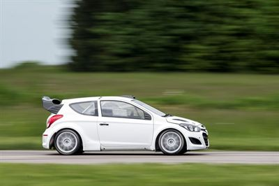 HYUNDAI TESTS 21-05-2013 02