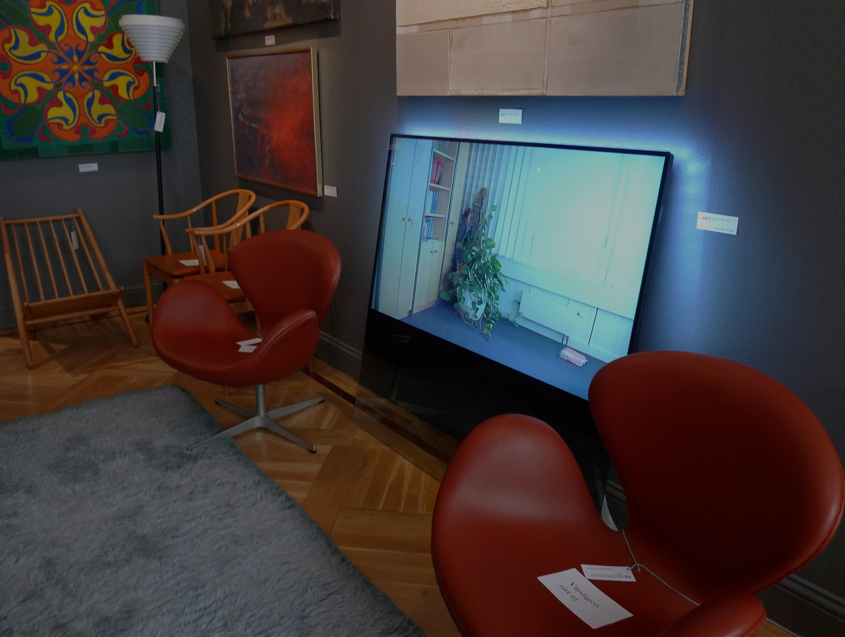 philips designline bukowskis philips tv by tp vision. Black Bedroom Furniture Sets. Home Design Ideas
