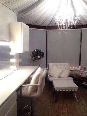 Earlier This Year, Celebrity Make Up Artist Tally Bookbinder Enlisted The  Help Of Lifestyle Blinds To Deck Out Her New Make Up Studio. She Chose  White Voile ...