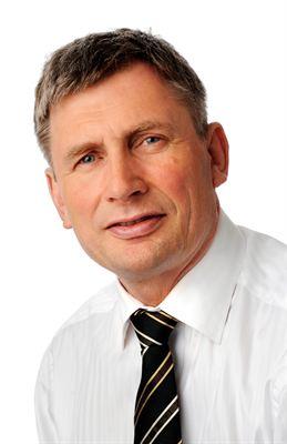 Rolf G Roverud