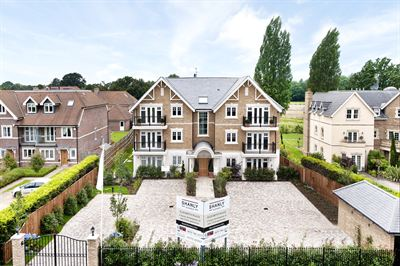 Elizabeth Place in Esher by Shanly Homes