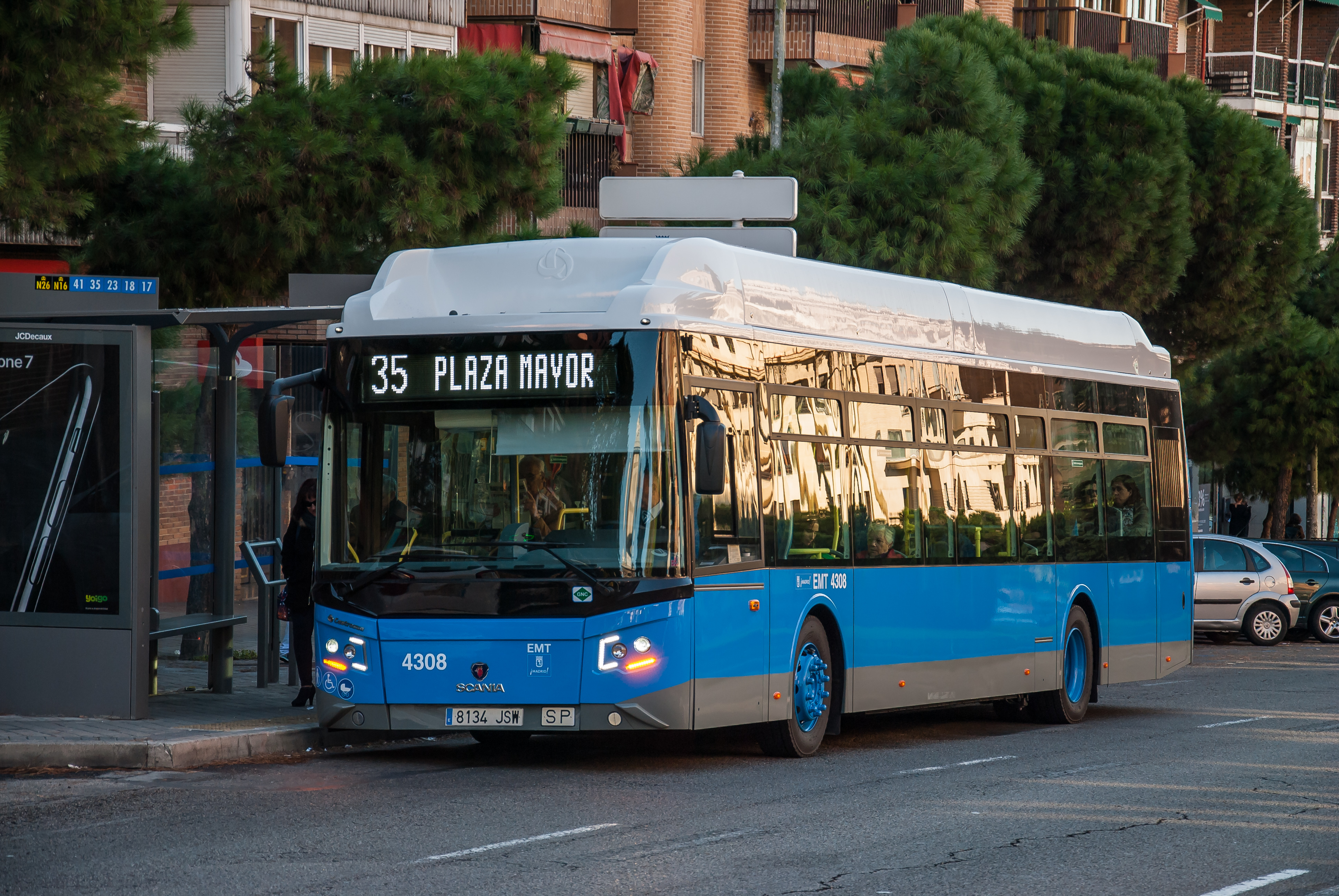 Scania delivers 160 gas buses to Madrid | Scania Group