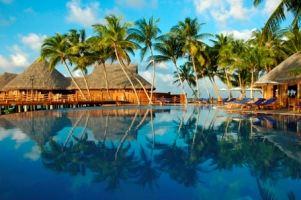 Christmas In The Sunny Maldives Olhuveli Beach And Spa Resort