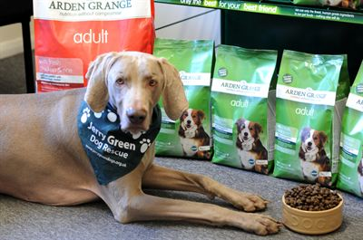 Jerry Green Dog Rescue is now using pet food supplier Arden Grange exclusively for their dogs&#39; dinners 