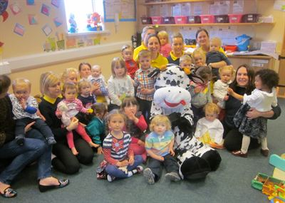 Amoolia the Cool Milk cow visited Lullabyz Nursery to meet the toddlers and talk to them about milk and where it comes from.