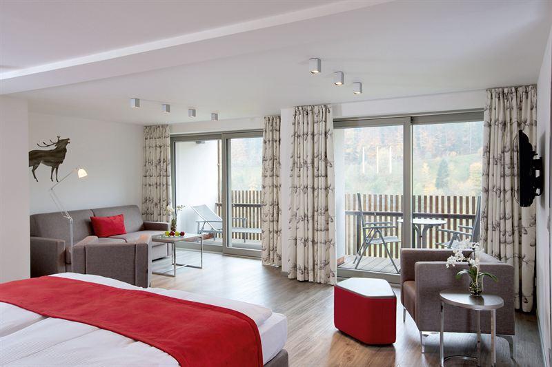 tradition trifft zeitgeist das neue haus kohlwald hotel traube tonbach. Black Bedroom Furniture Sets. Home Design Ideas
