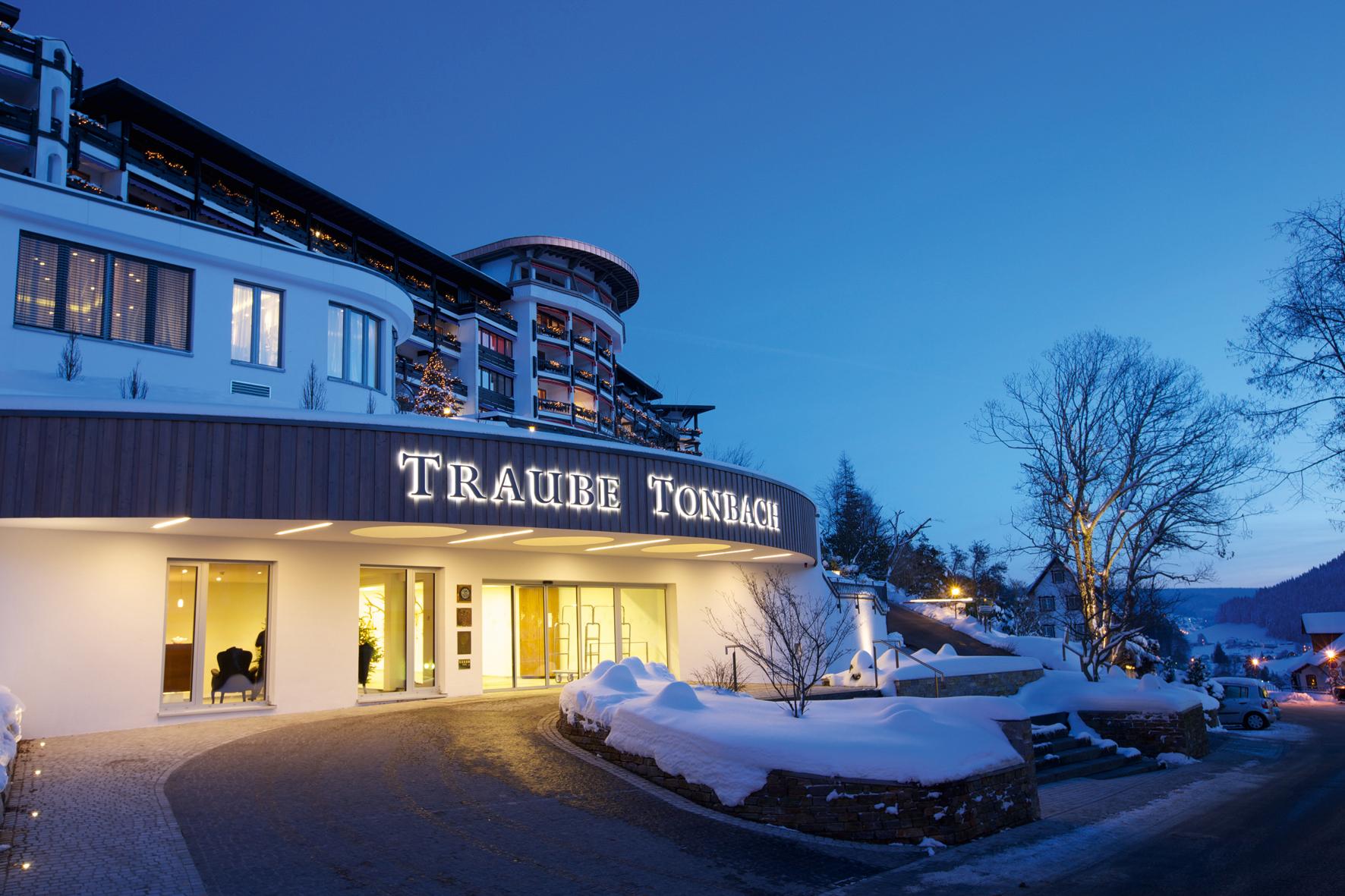 das hotel traube tonbach ist der gr te arbeitgeber in baiersbronn c hotel traube tonbach. Black Bedroom Furniture Sets. Home Design Ideas