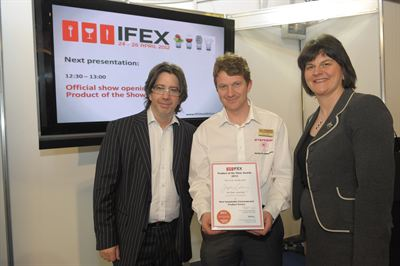 Rational wins IFEX 2012 award - Paul Caves centre with Arlene Foster and Michael Deane