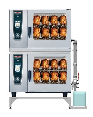 Chicken cooking in a Rational SelfCooking Center with container