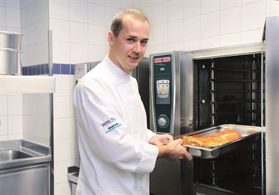 Pascal Heide-Nigg relies on Rational combi steamers at the Oktoberfest