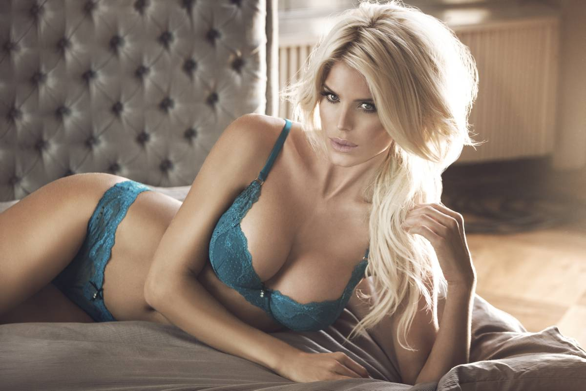 Very victoria silvstedt at lindex lindex group Sexy 30