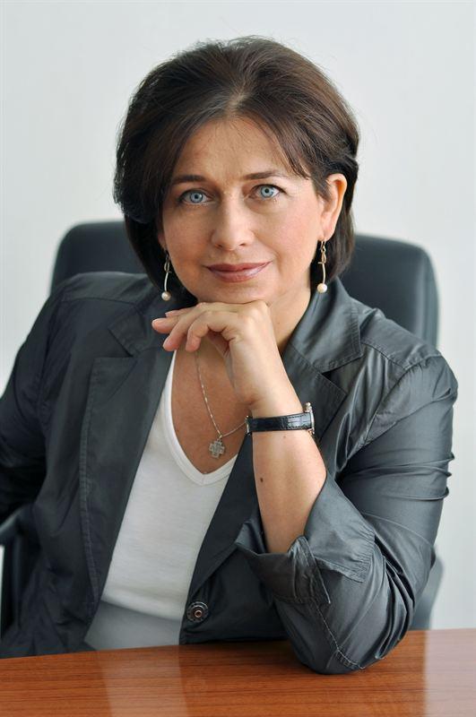 Elena Novikova salary