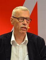 ... har anslagit 180 000 kronor till Professor Svante Nordin, Lund, för projektet Det Moderna Sverige. För vidare information kontakta VD Kurt Almqvist. - b84036481c9cd706_200x200ar