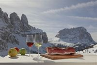 Alta Badia Prodotti Alto Adige-S dtiroler Spezialit ñten-Typical produce of South Tyrol by EOS-Frieder Blickle 4