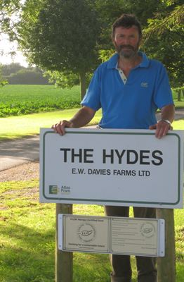 Andrew Davies who has marketed more than 1500 tonnes of oilseed rape through AtlasFram
