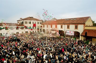 02-Church-of-Scientology-Padova-Ribbon-Pull