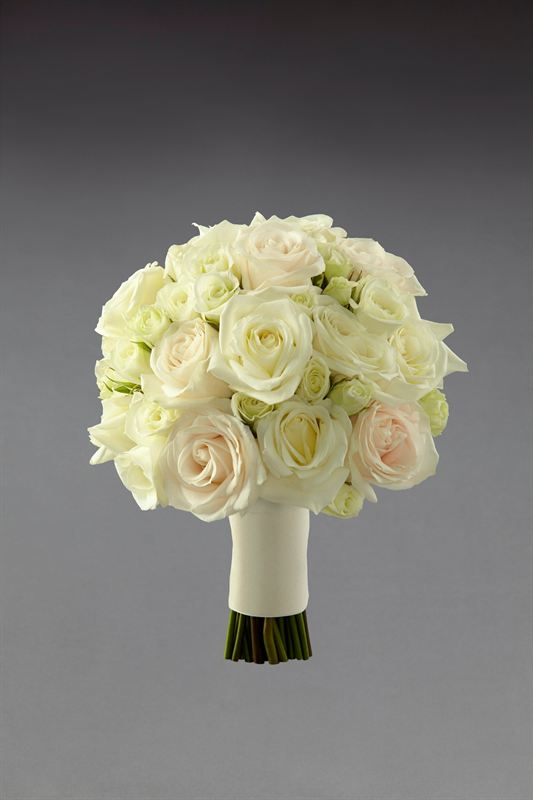 Wedding Bouquets Interflora Flower Trends Vera Wang Autumn