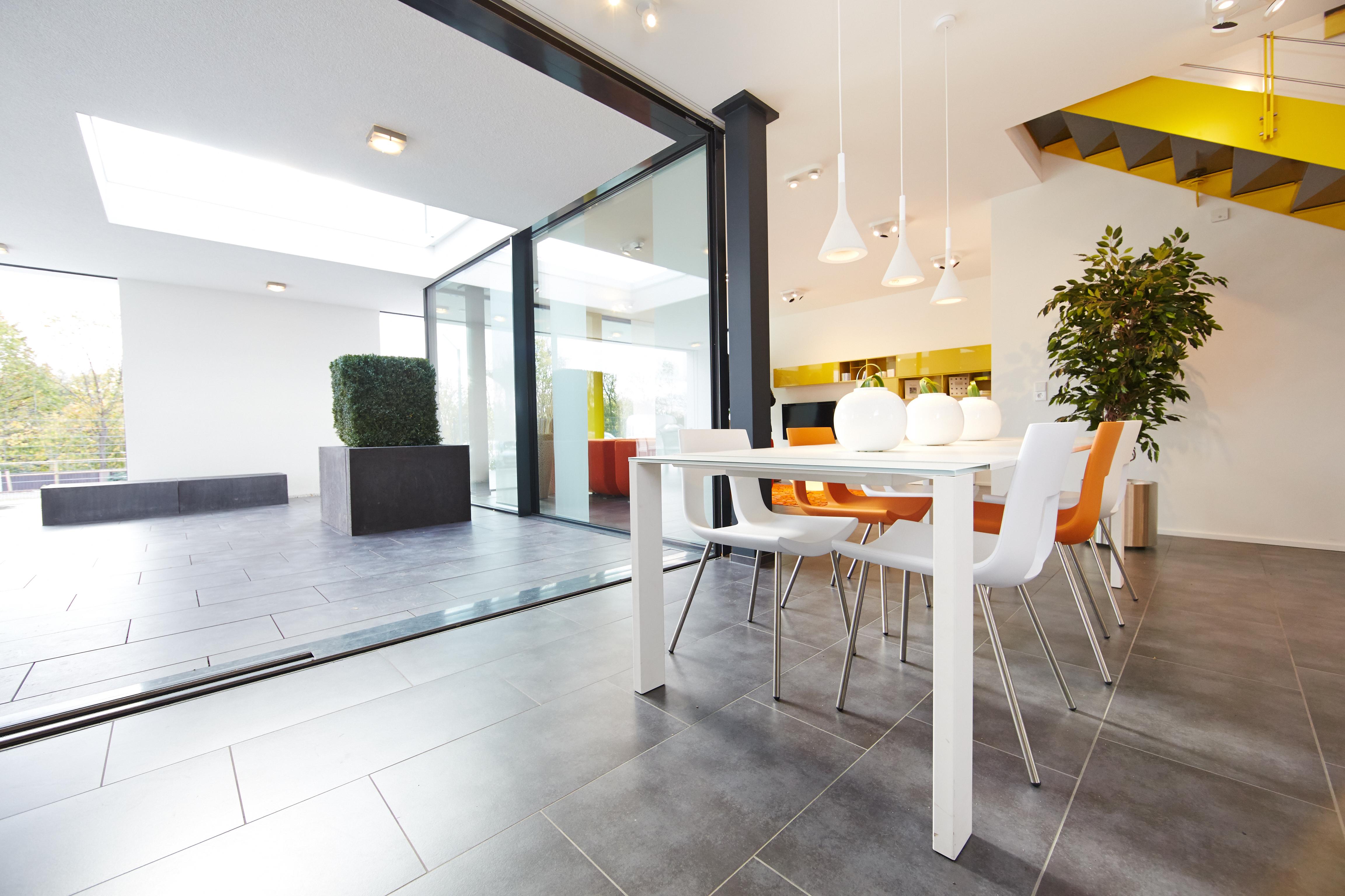 okal musterhaus ist exzellent nachhaltig gebaut okal mediacenter. Black Bedroom Furniture Sets. Home Design Ideas