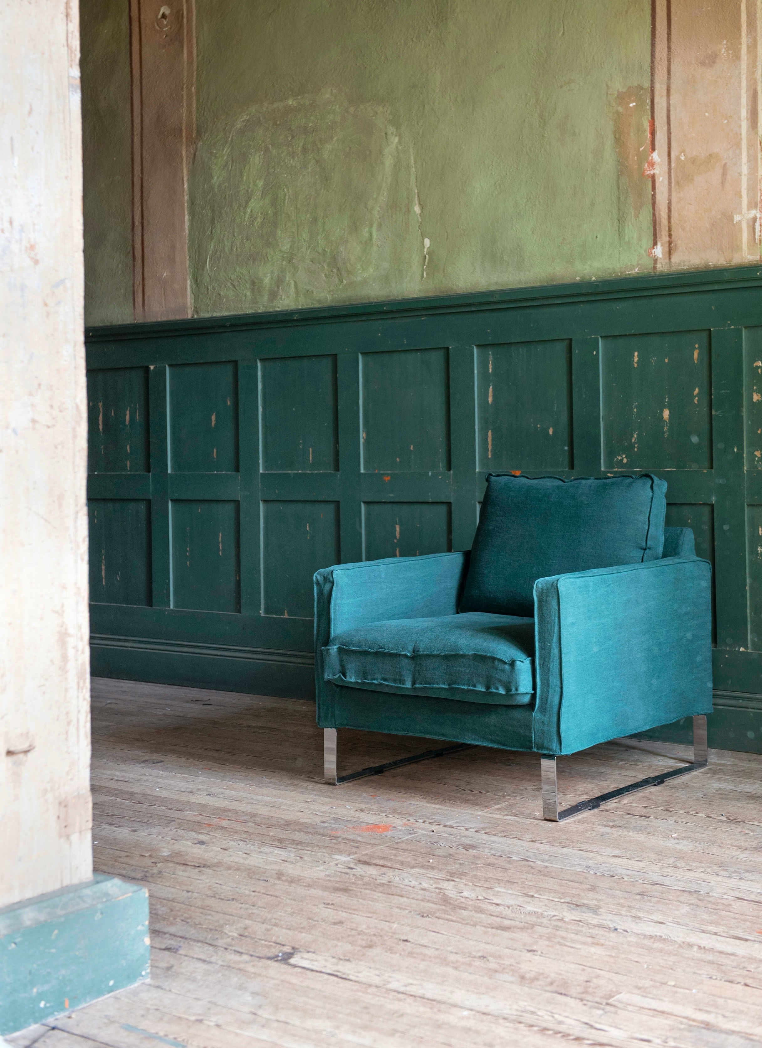 Mellby Armchair In Ivy