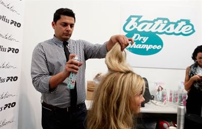 Stylist David Cruz, Batiste Backstage