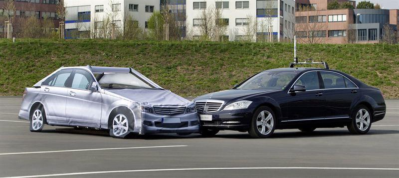 Ny milstolpe inom bils kerheten f rare ers tts av for Mercedes benz autopilot