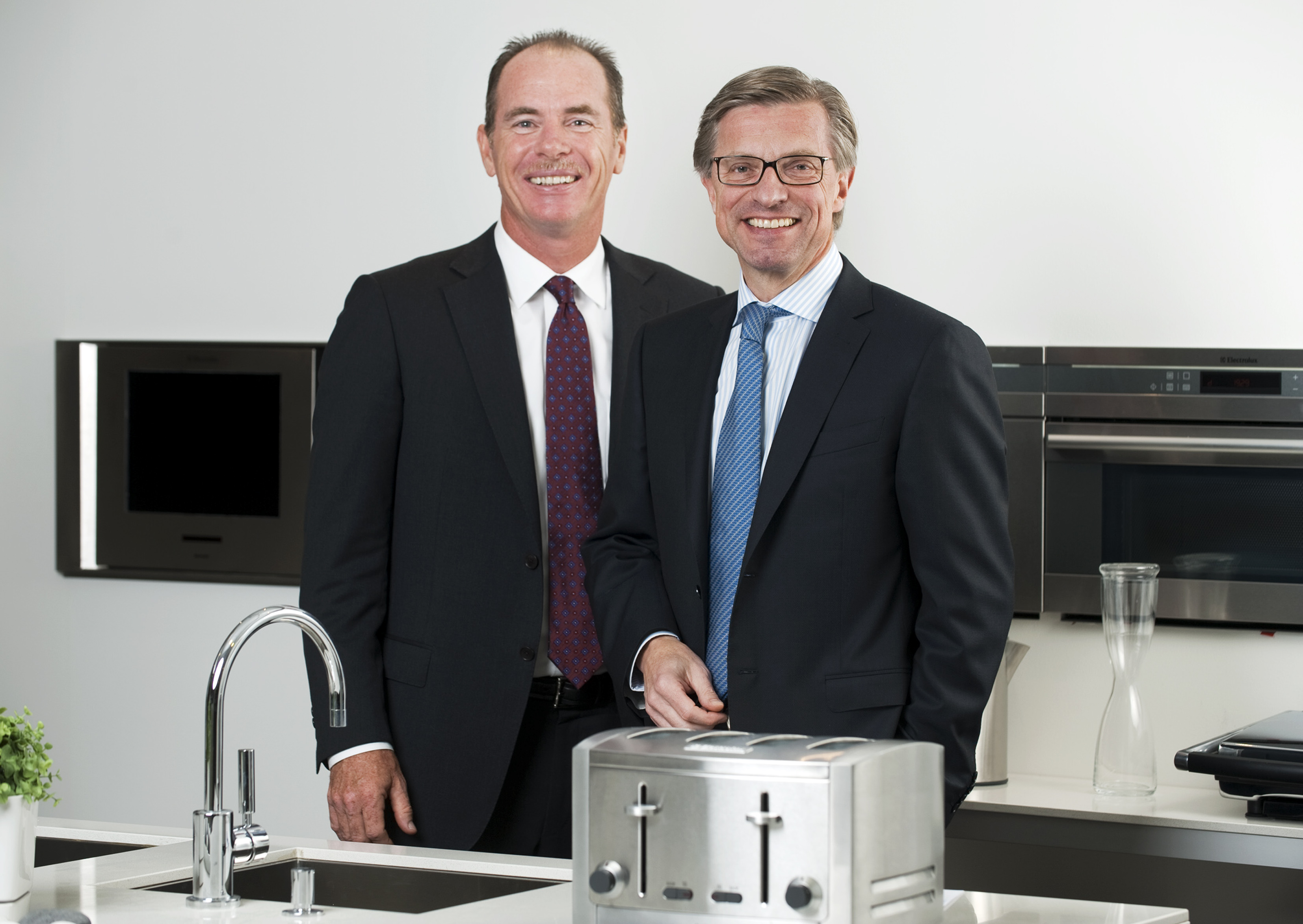 how did electrolux chief executive straberg break down barriers
