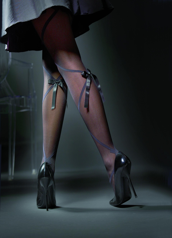 Фото грязные колготки на ногах 4 фотография