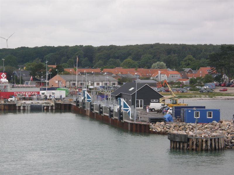 Hov Island Ferry