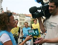 The Church of Scientology sponsors a bicycle trip across Belgium to promote the truth about drugs.
