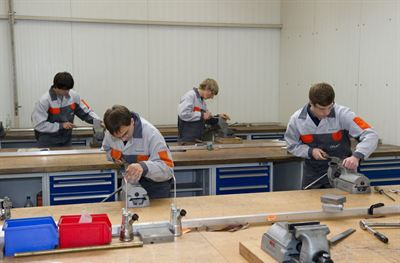 Apprentice workshop in Roding