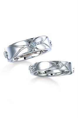 Mae Vona Platinum Wedding Bands