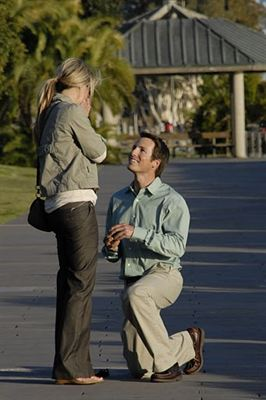 Austin Dias and Jessica Williams win JIC's Ultimate Proposal Contest
