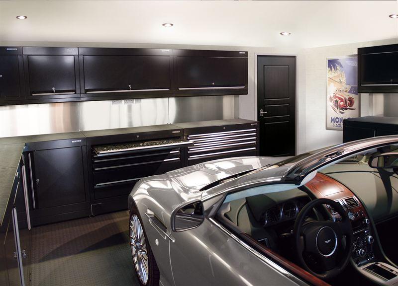 Salon priv showcases luxury lifestyle automotive brands for Luxury garage interiors