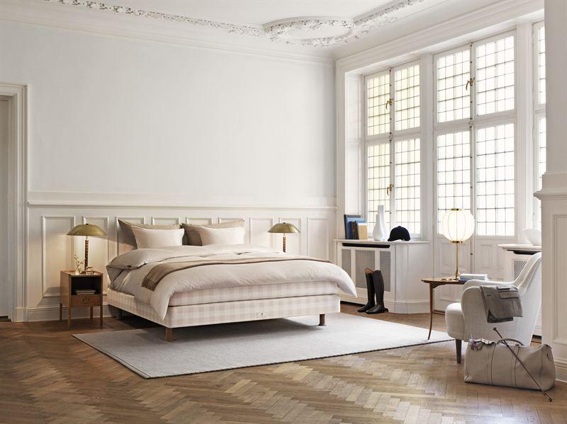 hästens seng Limited Edition 2014 Hästens Stockholm White   Hästens Sängar AB hästens seng