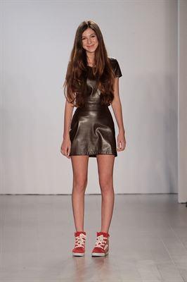 At Age 13 Rising Fashion Star Isabella Rose Taylor Debuts Runway Show At New York Fashion Week Beyond Pr Group