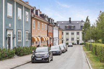 Ny undersökning: Unga vuxna ratar storstäderna – fler vill bo i mindre städer