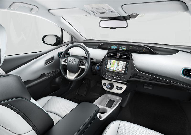 Toyota Plug In Hybrid >> 2017 Prius Plug In Hybrid Int 03 Toyota Auto Finland Oy