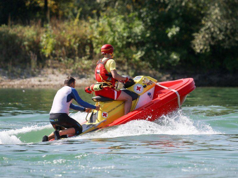 Hrvatski Crveni Kriz RescueRunner 3
