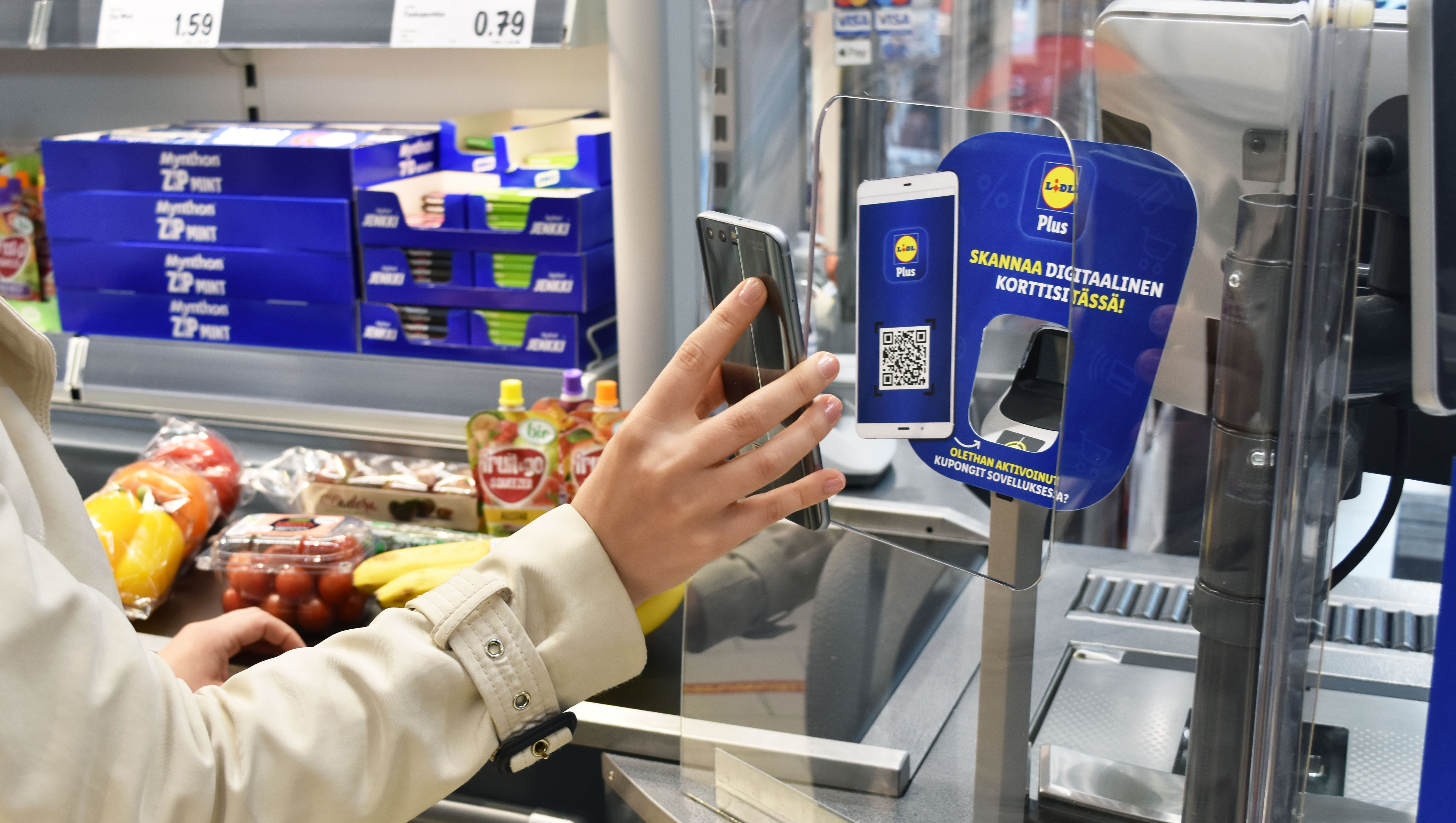 Yritykset valittavat työvoimapulaa ja Lidl mainostaa palkkojaan juna-asemilla – tästäkö alkaa palkkaralli?