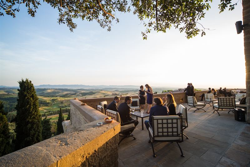Matrimonio Toscana Location : Corporate meetings and events the perfect location for your