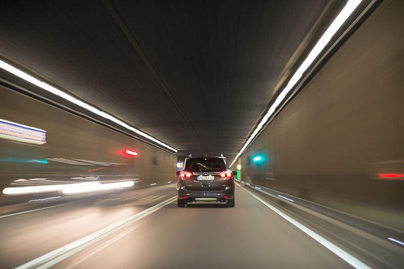 Taksialan uudistumisen myötä kuljettajien luotettavuus ja kyytien  turvallisuus puhuttavat. Tärkeä turvallisuustekijä taksin kyytiin hypätessä  on kuitenkin ... 1f59fb7e5c