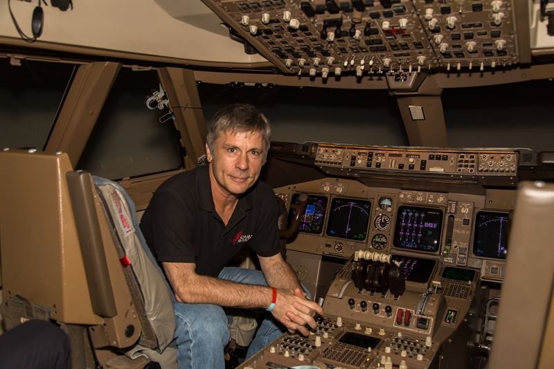 Aces High Bruce Dickinson Completes 747 Training For Iron Maiden